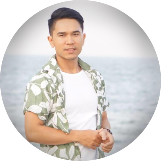 Gay guide and companion in Bangkok Thaialand