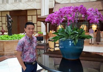 Yangon, Myanmar, new tour guide Simon